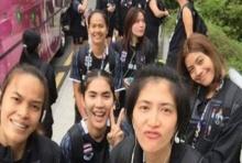 นักตบสาวไทยกุมขมับ! 'มาเลย์'ส่งรถบัสมาให้ แต่ไร้คนขับ เลยไม่ได้ซ้อม