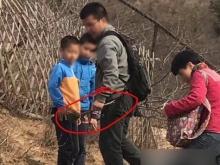 ชาวเน็ตจวก! นักท่องเที่ยวจีนถอนขนนกยูงจากสวนสัตว์กลับบ้าน