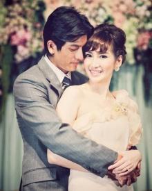 ครบรอบแต่งงาน 7 ปี !! พีช สิตมน โพสต์ภาพหวานคู่ ติ๊ก เจษฎาภรณ์