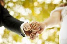 จริงหรือไม่? แฟนบอกว่า การแต่งงานเป็นเรื่องไร้สาระและสิ้นเปลือง