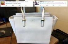 กระแสนี้กลับมาอีกแล้ว!! ชาวเน็ตรุมแห่เถียงกันว่า กระเป๋าใบนี้สีขาว หรือ สีน้ำเงิน