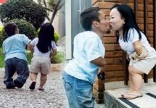 """อิจฉาคนมีคู่!!คู่รักไซส์มินิสุดฮอต """"พอลโล่-แคทยูเซีย"""" ตัวเล็กที่สุดในโลก!!!"""