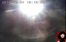 เผยคลิป4กล้องหลังรถวิศวกรถูกรถตู้เปิดไฟสูงจี้ท้าย สุดท้ายทีมลุงก็ไม่เงิบ