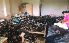 เหม็นทั้งตึก!! หญิงชราซื้อเบียร์มากิน แต่ลืมทิ้งตลอด 4 ปี เข้าไปเจอสภาพห้อง อ้วกแทบพุง!!!