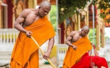 """ทำพิเรนทร์หมิ่นศาสนา! """"ต่างชาติ"""" พากันตัดต่อ ภาพบัวขาวกวาดลานวัด คนไทยเห็นแล้วช็อก!"""
