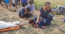 สุดสะเทือนใจ!! หนุ่มกู้ภัยร่ำไห้เข่าทรุดกองกับพื้น ไม่คิดว่าต้องมาเก็บศพพ่อตัวเอง!!