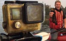 """หนุ่มดีใจสุดๆ!! เจอกล้อง """"GoPro"""" ใต้แม่น้ำ สภาพยังใช้งานได้ แต่พอเปิดดูรูปเท่านั้นแหละ?"""