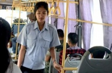 ส่องภาพ 'น้องอัญ' องค์โมเดล พลิกชีวิตจากกระเป๋ารถเมล์ สู่เส้นทางนางแบบ