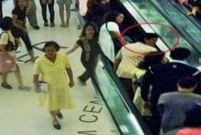 อึ้งทั้งMRT!! เมื่อ'ผู้หญิง'คนหนึ่ง เดินมาช่วยถือของ พอเห็นหน้าถึงกับ...