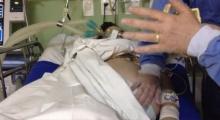 แม่อยู่ในภาวะสมองตาย ต้องดิ้นรนต่อชีวิตไปอีก 123 วัน เพื่อให้กำเนิดลูกแฝด!!