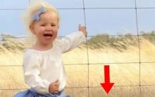 แม่ช็อก!!! ตั้งใจถ่ายรูปลูกสาว แต่ดันติดสิ่งนี้? เกือบจะคร่าชีวิตลูกสาวเธอไปแล้ว!!