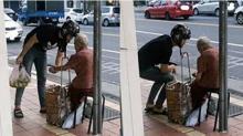 ชาวเน็ตแห่ชม! เห็นหนุ่มซื้อฝรั่งยายข้างทาง พอได้ยินเขาพูดกับยาย ถึงกับแทบน้ำตาซึม!