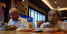 สุดยอด!! สามีภรรยาสถิติคู่แต่งงานอายุมากที่สุดในโลก ครองรักกันมานานกว่า 80 ปี