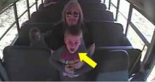 เสี้ยววินาที! หญิงขับรถบัส ช่วยชีวิต เด็กนักเรียนวัย 5 ขวบไว้ได้ วิธีของเธอช่างน่าทึ่ง! (คลิป)
