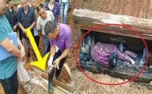 คนงานก่อสร้าง ขุดพบโลงศพโบราณ พอเปิดดูแทบช็อก! พบสิ่งนี้ติดมาด้วย! ท่านคือขุนนางผู้ยิ่งใหญ่ในยุคโบราณ!