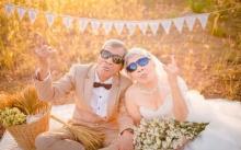 คนโสดอิจฉาแรง!! ตายายวัย 80 จูงมือถ่ายชุดแต่งงานหวานเยิ้ม รักกันมา 60 ปี!!!