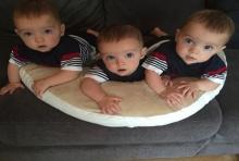 คุณแม่คลอด ลูกแฝด 3 เหมือนจนแยกไม่ออก เผยมีแค่ 1 ใน 200 ล้านเท่านั้น!!