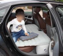 เพจดังเตือนพ่อแม่ใช้เบาะลมให้ลูกนอนขณะขับรถเสี่ยงถึงตาย