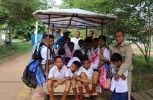 พ่อพิมพ์ของชาติ!!สละเงินส่วนตัวซื้อซาเล้งเพื่อเด็ก 25 คนได้ไปเรียน