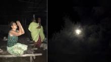 น้ำตานอง ภาพแม่เฒ่าพนมมือท่วมหัว เมื่อเห็นดวงจันทร์คล้ายพระพักตร์