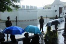โคตรพีคล้นใจ!!! ท่ามกลางฟ้าแรงสายฝนกระหน่ำ แต่ดูสิ่งที่ นายตำรวจ กลุ่มนี้ทำ