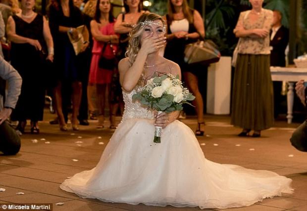 เจ้าสาวตัดสินใจจัดงานแต่งงาน คนเดียว พร้อมไปฮันนีมูนคนเดียว รู้เหตุแล้วทำเอาอึ้ง!!
