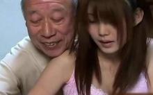 สุดทน! พ่อผัวโทรจิกให้กลับบ้าน เลยไปแจ้งความว่า ถูกพ่อผัวข่มขืน! เมื่อตำรวจเปิดมือถือดูถึงกับอึ้ง!?