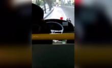 โผล่อีก..รถเมล์ในตำนาน สายส้ม 71 ขับรถไปเล่นโทรศัพท์ไป