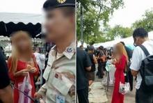 ช่างกล้า!!! ชาวเน็ตรุมจวก สาวสวมชุดแดง โผล่กลางสนามหลวง