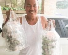 ขยันทำมาหากิน! 'น้าค่อม'งานในวงการรุม ยังช่วยเมียส่งยำขนมจีนขาย